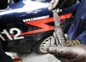 Roma, tre carabinieri accoltellati a Prati: arrestato uno squilibrato