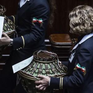Corte Costituzionale, fumata nera. Anche se Napolitano monita, Renzi promette...