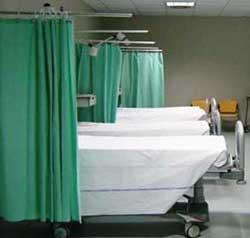 """Monterotondo, bagarini all'ospedale: """"Vuoi il mio posto in fila? Sono 10 euro""""Monterotondo, bagarini all'ospedale: """"Vuoi il mio posto in fila? Sono 10 euro"""""""