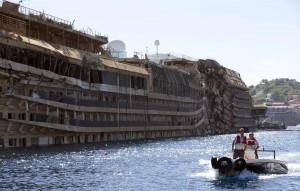 Genova. Concordia come Tutankhamen? Bruco basilico, Spezia e Savona minacciano