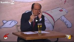 "Maurizio Crozza a ""diMartedì"" imita Bersani - VIDEO"
