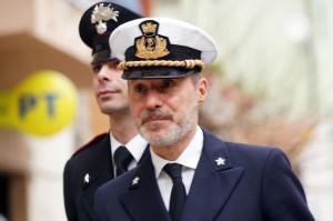 """Gregorio De Falco trasferito: """"Ufficio mezzo vuoto ma con vista mare"""""""
