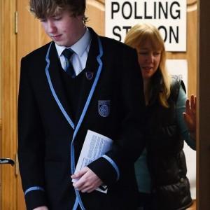 Referendum Scozia, si vota. Sondaggi: no in vantaggio. Ue teme il sì