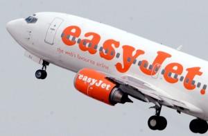 Volo easyjet Londra-Napoli, vuoto d'aria terrificante: due feriti