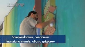 Genova, per abbellire muro i condomini ingaggiano writer Etnik VIDEO