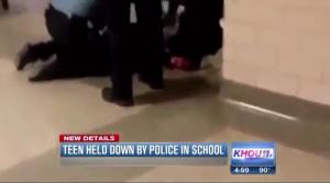 Texas, studentessa fermata ed arrestata: ha utilizzato il cellulare in classe