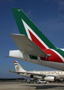 Alitalia chiude basi a Verona e Venezia: 100 trasferimenti