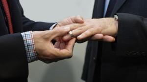 Nozze gay: Arizona, muore il compagno. Riconosciuto lo status di vedovo