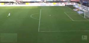 Gol da 80 metri del Paderborn, segna Stoppelkamp