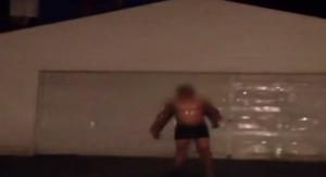 Fanno l'Ice Bucket a ragazzo autistico: nel secchio ci sono urina, feci, saliva e mozziconi