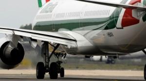 Alitalia, tagliati voli verso il sud e isole da Torino-Caselle