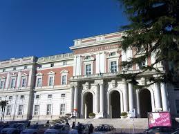 Napoli, si impicca all'ospedale Cardarelli: trovato da un bimbo di 3 anni