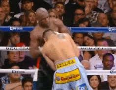 Marcos Maidana come Mike Tyson: morso al guantone (VIDEO)