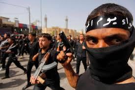 """Isis avverte Francia: """"Stop raid entro 24 ore o uccidiamo il vostro turista"""""""
