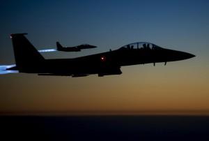 Isis, primo raid britannico in Iraq. Gli jihadisti avanzano verso la Turchia