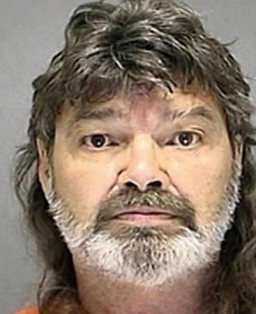 Sesso col pitbull: James Bull condannato a 5 anni per crudeltà su animali