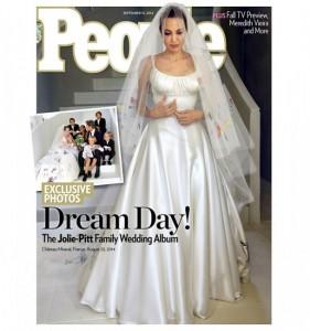 Brad Pitt-Angelina Jolie: foto del matrimonio vendute per due milioni di dollari