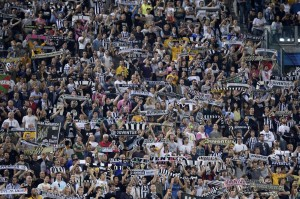 Video gol e pagelle, Juventus-Malmoe 2-0: Tevez doppietta in Champions League