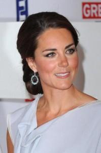 """Kate Middleton incinta, """"se femmina si chiamerà Diana"""", dicono i tabloid. Ma..."""