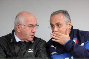 Nazionale, Claudio Lotito in panchina con Carlo Tavecchio: sembra Luciano Moggi