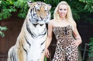 Lucia Cassidy, 34 anni e tre figli, ha 20 infarti in 24 ore. Ma sopravvive