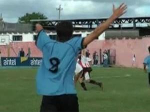 Uruguay, Matias Dutour. Campioncino senza un braccio che giocherà con Recoba