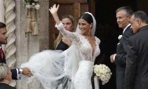 Destro e Ludovica Caramis, alla festa di matrimonio si cantava Grazie Roma