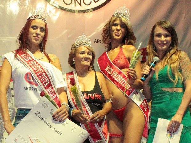 Brasile: Milena, 25 anni, è Miss Prostituta 2014 (foto)