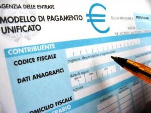 Modello F24, fine cartaceo in banca. Solo telematico oltre i mille euro