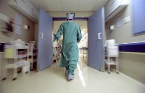 Ebola, donna ricoverata nelle Marche malata di malaria
