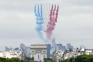 Jihadisti Isis volevano colpire Parigi: attentato pianificato per il 14 luglio