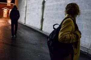 Cagliari, perseguitava l'ex e la pedinava: arrestato 23enne per stalking