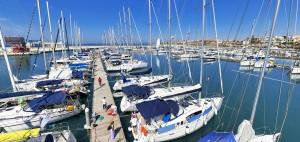 Piombino, esplosione su uno yacht al porto: tre ustionati. C'è anche un bimbo
