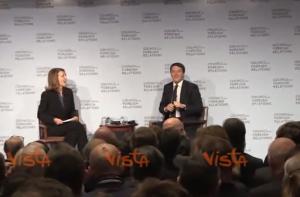 """Matteo Renzi a New York scherza: """"Mio inglese pessimo, mettete sottotitoli"""""""