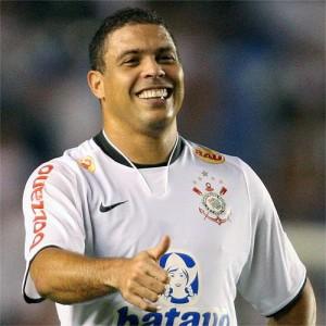 """Brasile, Ronaldo cancella le nozze: """"Troppa pressione"""""""