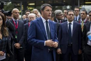 """Lavoro, Renzi a minoranza Pd: """"Cascate male, io cambio davvero"""""""