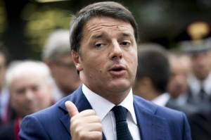 """Jobs Act, Renzi agli iscritti del Pd: """"Vecchia guardia vuole scontro ideologico"""""""