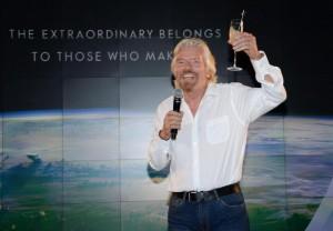 """Orario di lavoro cancellato alla Virgin. Branson: """"Contano risultati, no tempo"""""""