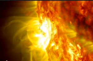 Sole, eruzioni di gas spettacolari filmate dalla Nasa