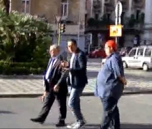 Blitz di 'Striscia' a Bari, politico non paga parcheggio