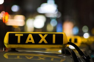 Taxisti italiani arrestati in Germania: trasportavano immigrati clandestini