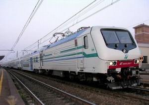 Piacenza, ragazza di 15 anni muore gettandosi sotto treno