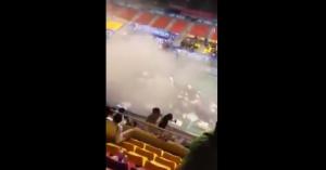 Vietnam, crolla tetto dello stadio durante torneo di badminton: nessun ferito