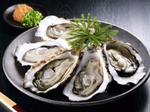 Un piatto di ostriche (foto d'archivio)