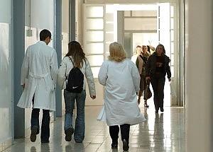 Ticket sanità: legati al reddito, se guadagni paghi
