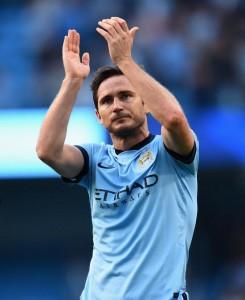 Frank Lampard con la maglia del Manchester City (foto Twitter)