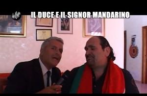 """Le Iene, Enrico Lucci: """"Il signor Mandarino e il Duce""""  VIDEO"""