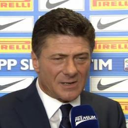 """Inter, Mazzarri litiga in Tv: """"Lei guarda sempre verso una parte..."""""""