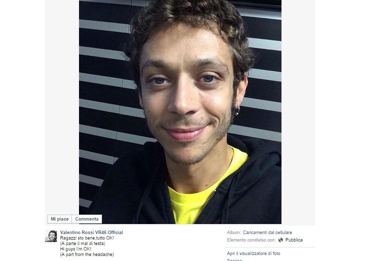 """Valentino Rossi su Fb: """"Ragazzi sto bene"""" FOTO"""