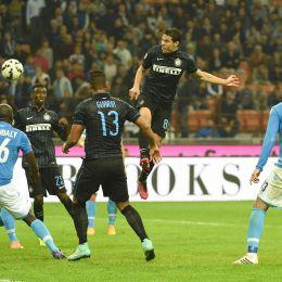 Video gol e pagelle. Inter-Napoli 2-2: Callejon e Hernanes super nel finale